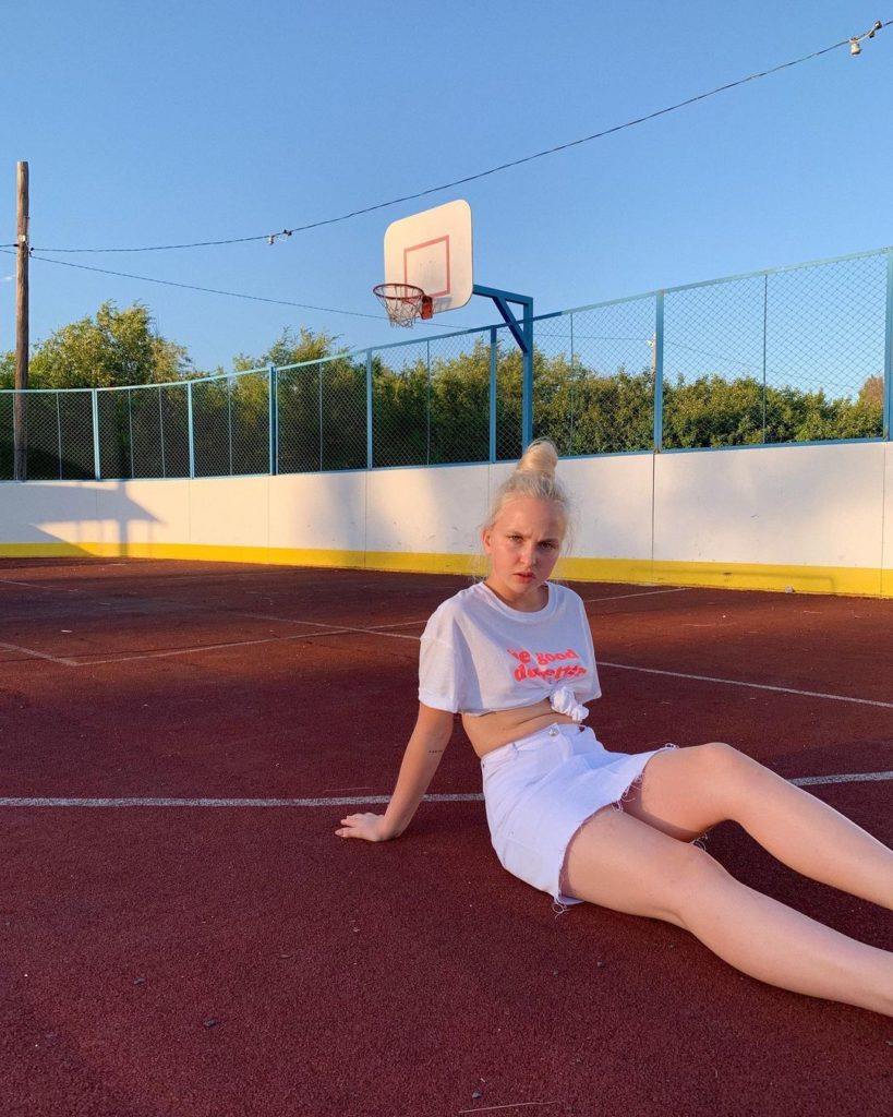 Туся Землянухина (Наталья Землянухина) — биография, личная жизнь, болезнь, карьера